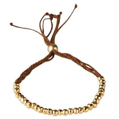 Fint armbånd i brun bomuld med små guld pyrit ædelsten