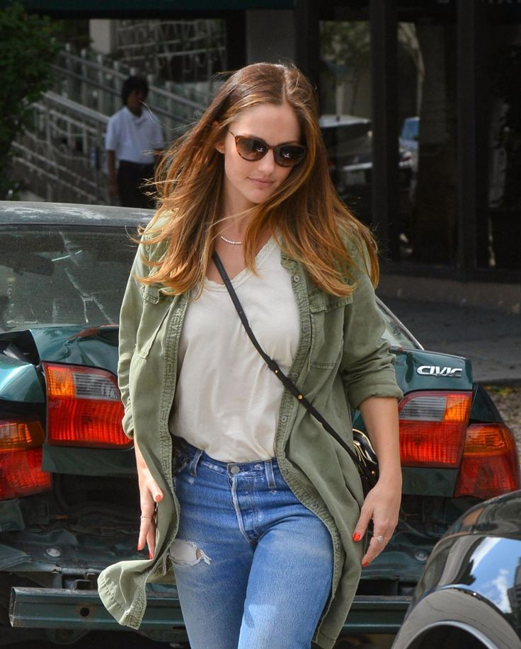 """breathtakingwomen: """" Minka Kelly out and About, Los Angeles (13 September, 2016) """" She is,,,breathtaking!!"""