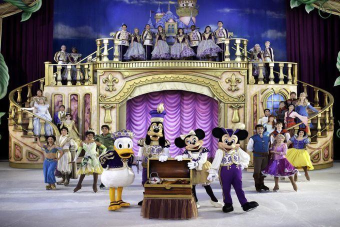 Finale of the Disney on Ice: Treasure Trove show