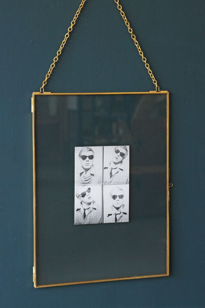 brass-picture-frame-with-chain-portrait-30x40cm