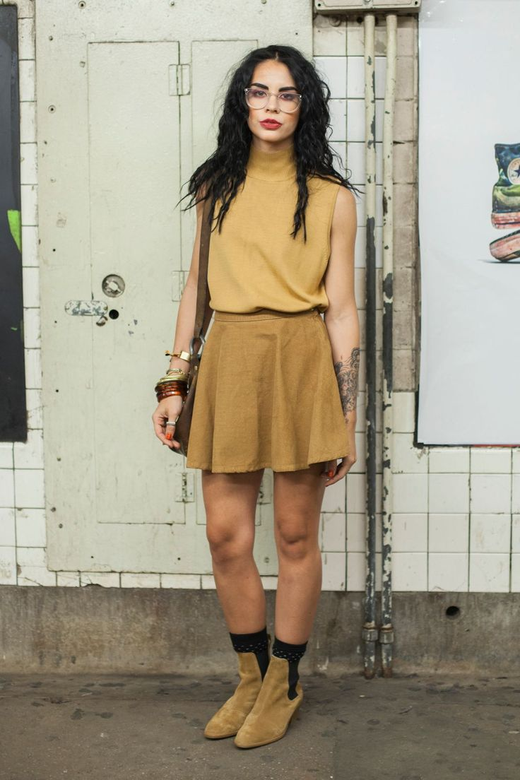 College Fashionista Tori Lin Subway Stalking Spring