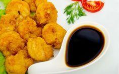 Tavuktan, balığa kadar pek çok ürünü kızartmaya yarayan tempura harcı ile hazırladığımız çıtır tavuk lokmaları tarifi oldukça pratik ve lezzetli.
