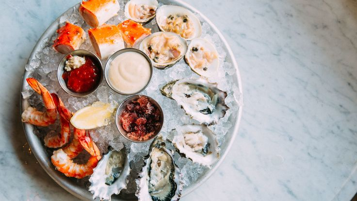 We may be far from the ocean, but there are still plenty of great seafood restaurants in Chicago for lobster, shrimp, oysters and more