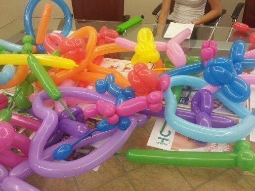 Corso di Balloon Art presso la Heltic Clinic organizzatore dal nostro Animatore Andrea per i futuri clown-terapisti!