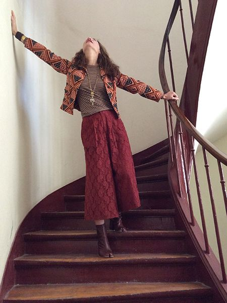 Wait and See - UBERTA in VINTAGE jacket HAPPY SHEEP jumper SOHO DE LUXE trousers MARTIN MARGELA boots