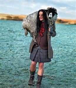 Alison O'neill  The baredfoot Shepherdess.  LOve this woman.    via www.billymarsh.co.uk