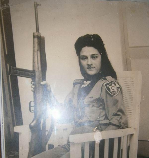 Gardenia a los 14 años de edad inició la lucha clandestina, fundadora  del Movimiento 26 de Julio