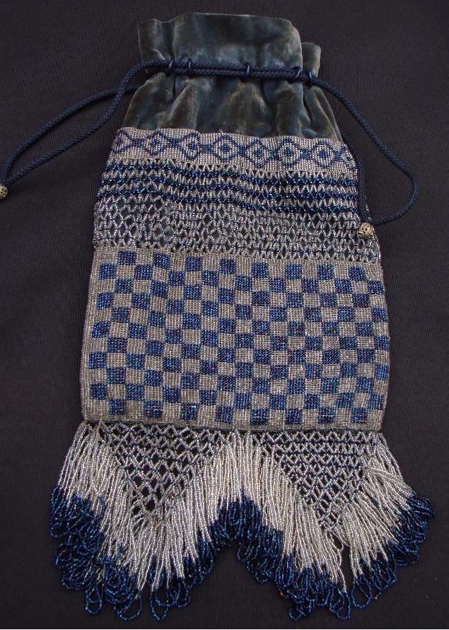 Antiguo Art Deco Con Cuentas Monedero bolsa de terciopelo cordón azul pavo real cuentas de Carnaval | eBay