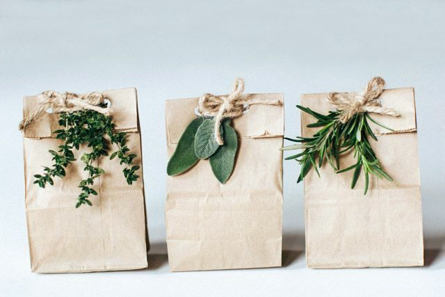 How To Wrap A Wedding Gift: 25+ Unique Wedding Gift Wrapping Ideas On Pinterest