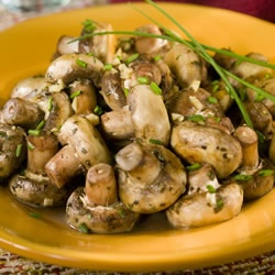Herbed Mushrooms with White Wine - Food2Fork