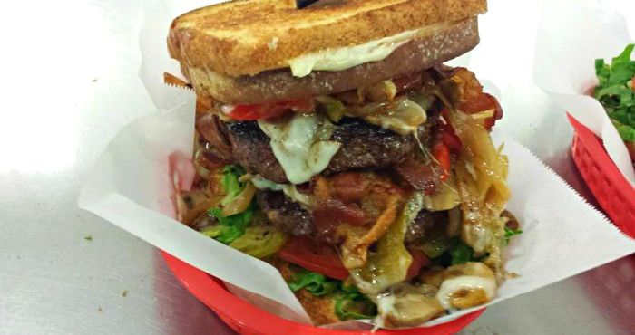9 Burger Joints In New Hampshire That Will Make Your Taste Buds Explode