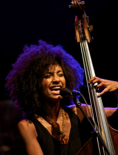 Esperanza Spalding, amazing bass player and singer born in Portland, Oregon USA. Studied in Berklee College of Music