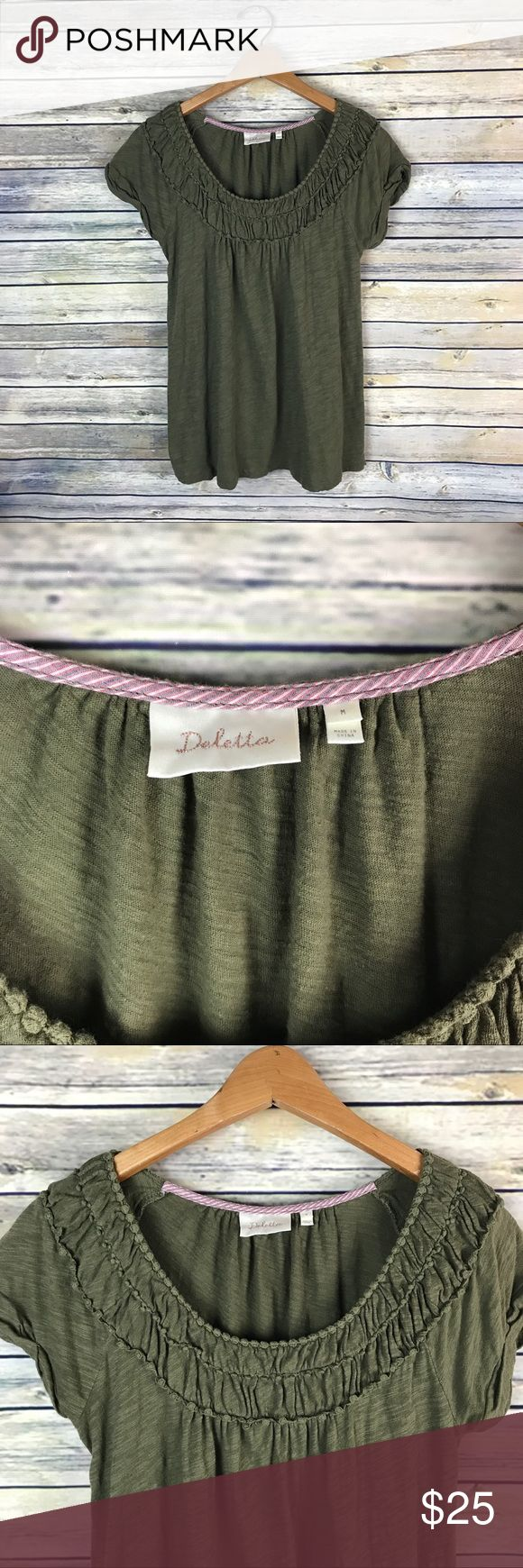 """Deletta Anthropologie Olive Green Short Sleeve Top Super cute short sleeve olive green loose fitting knit top. Has some detailing around the neckline. Scoop neckline. Gently used with no flaws!   Measurements laying flat (without stretching)—  Armpit to armpit: 20"""" Length, shoulder to hem: 26"""" Anthropologie Tops"""