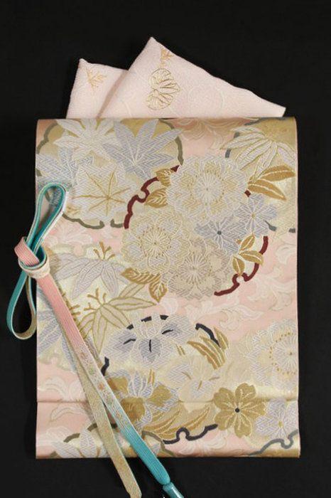 【となみ織物】謹製西陣織唐織袋帯となみ帯引箔王朝唐織/雪輪四季花模様薄ピンク地
