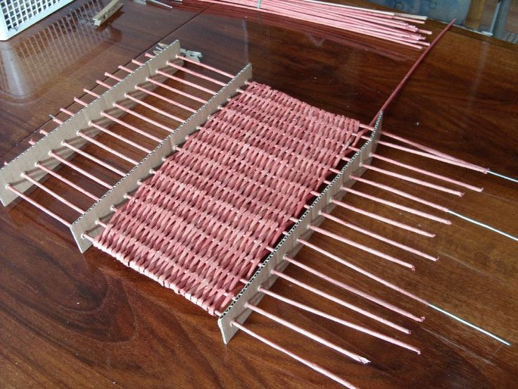 Image033 - loom with paper and cardboard