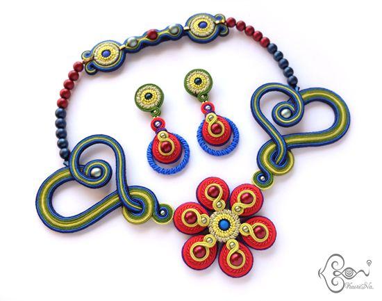 ソウタシエ Soutache Necklace & Earrings Set by KaoriNa.