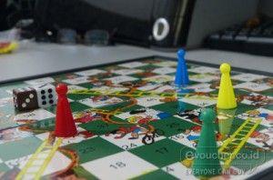 Asiknya bermain Papan Permainan Magnetik 3in1 Bersama Sekecil Sekaligus Mengenang Permainan Waktu Kita Kecil Hanya Rp.75,000 - www.evoucher.co.id #Promo #Diskon #Jual  Klik > http://evoucher.co.id/deal/Papan-Permainan-Magnetik-3in1  MAsih ingatkan permainan Ludo, Ular tangga &Halma yang akrab dan sering kita mainkan ketika kecil. Nah kini kamu dapat memainkannya kembali bersama buah hatimu dengan Papan permainam magnetik 3in1  pengiriman mulai 2013-12-26