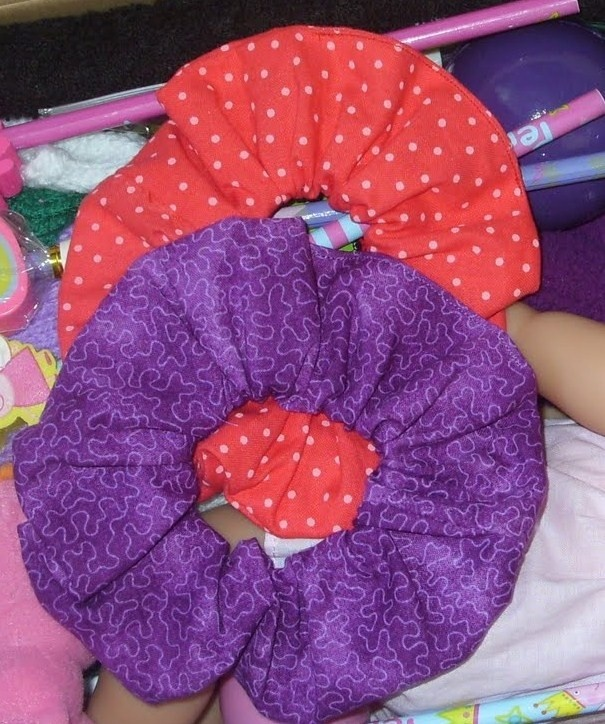 33 best scrunchies images on pinterest scrunchies hair accessories and hair cut. Black Bedroom Furniture Sets. Home Design Ideas