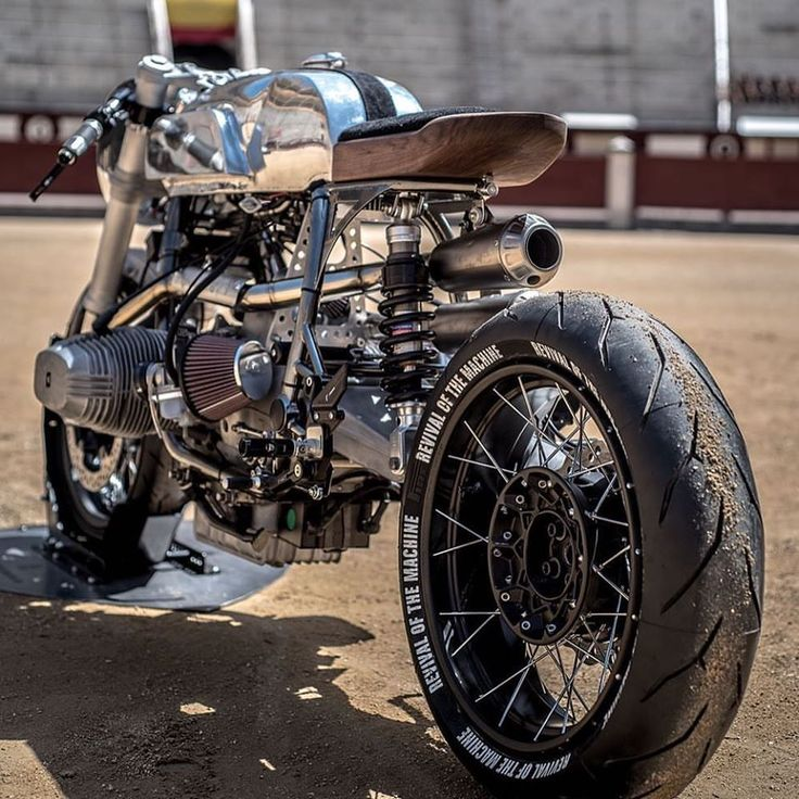 BMW R100RS by Revival of the Machine.