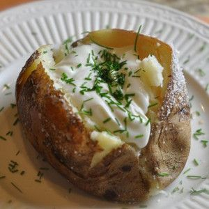 3-Ingredient Outback Steakhouse Baked Potato Copycat | AllFreeCopycatRecipes.com
