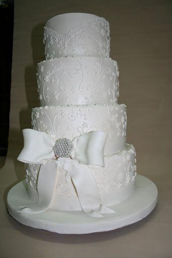 tort weselny z Krakowskich Wypieków