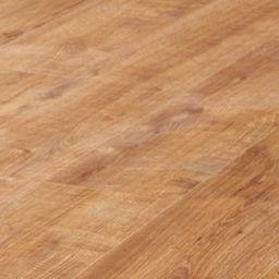 Best 25 Oak Laminate Flooring Ideas On Pinterest
