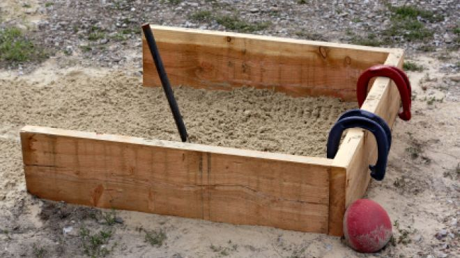 How to Make a Horseshoe Pit ~ Summer fun with family & friends!