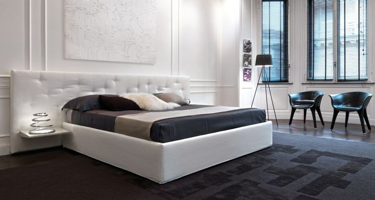 CHANCE - Strong personality and practicality. The bed Chance plays the character of the bed and the sofa in the same collection. The head is fully removable via press studs. It is available in three widths with provision of support surfaces to the greatest extent.