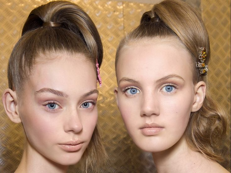 Le+acconciature+più+glamour+delle+sfilate+prêt-à-porter.+Da+copiare+con+le+dritte+dell'hairstylist+delle+celebs