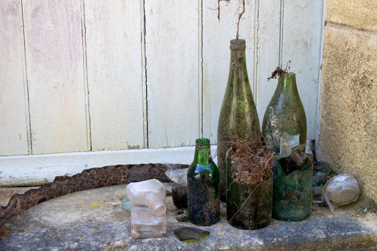 Old green bottles. Found while clearing out one of the outside storage caves at my brother's place in France.Outside Storage, Green Bottle, Storage Caves, Brother Places