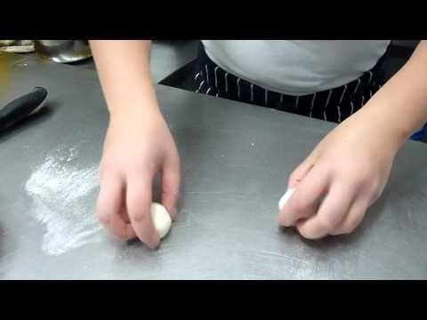 Come  fare le Pizzette e Panini, con L'Impasto per Pizza - Ricette Dolci e Cucina