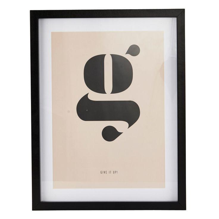 """The G tavla från House Doctor. En rolig och exceptionell tavla med motiv av ett """"G"""" mot en puderrosa..."""