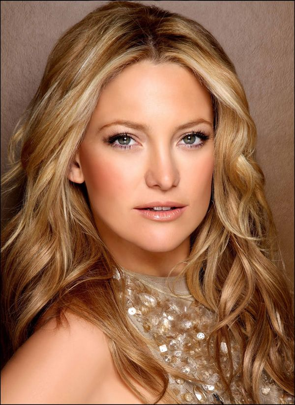 I absolutly love Kate Hudson I think shes so funny & spunky and I love her characters in movies :)