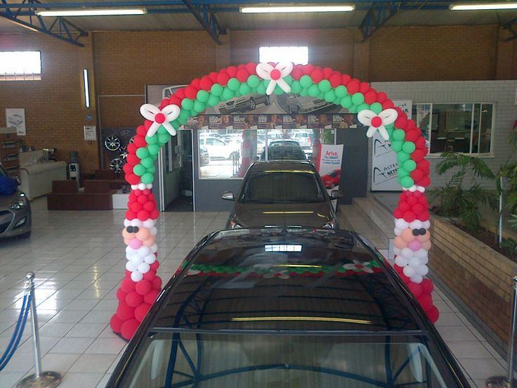 Christmas arch - Hyundai Germiston