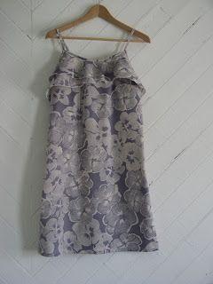 flekka challenge: Challenge 12:: Blomma dress:: finished