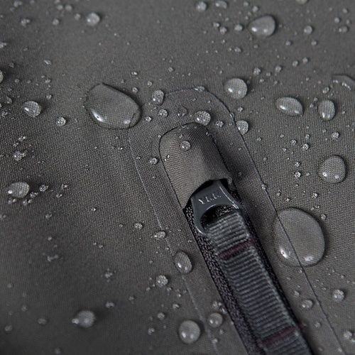 Details we like / Zipper / YKK / Waterproof textile / at inspiration