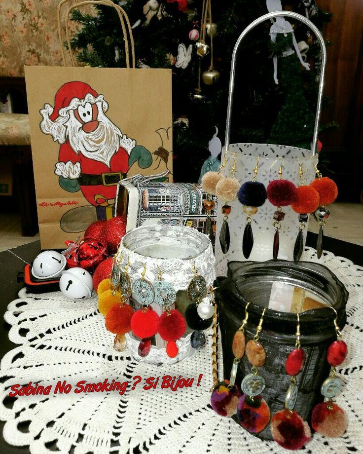 Orecchini creazioni artigianali boho stile pom pom  Vetrina Natale #sabinanosmokingsibijou