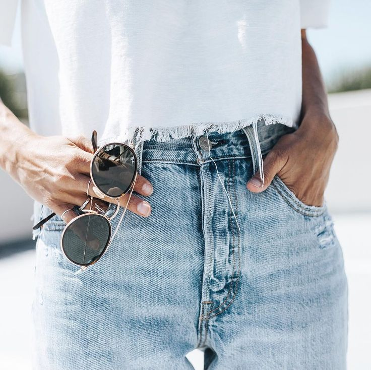 Denim & Ray Bans - See Instagram photos and videos from Bethany Menzel (@bethanymenzel)