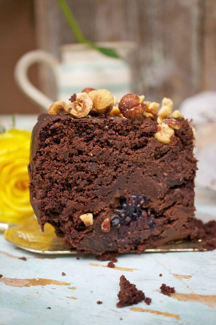 Torta rustica al cioccolato con nocciole e sciroppo d'acero
