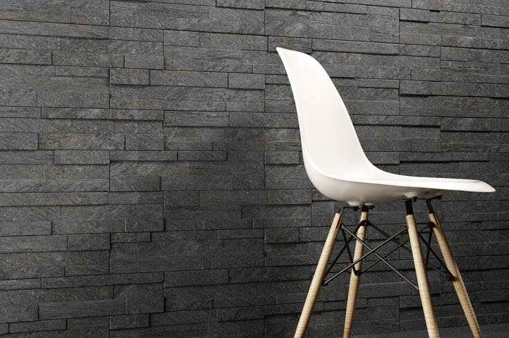 Nieuwe trend in de woonkamer  Natuursteen strips gebruikt als wanddecoratie    Woonkamer