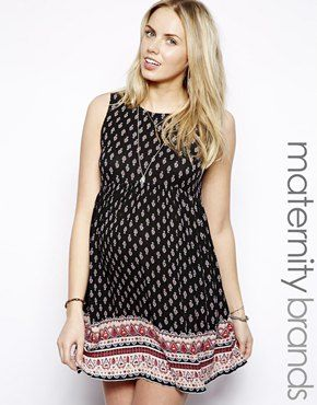 best maternity clothes - maternity Monday on redsoledmomma.com
