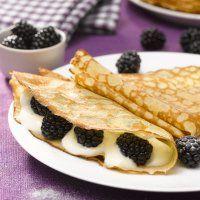 Crêpes aux mûres, fromage blanc