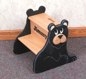 Black Bear Step Stool Wood Pattern This cute little bear safely gives children extra height needed for brushing teeth, washing hands or helping out in the kitchen. #diy #woodcraftpatterns
