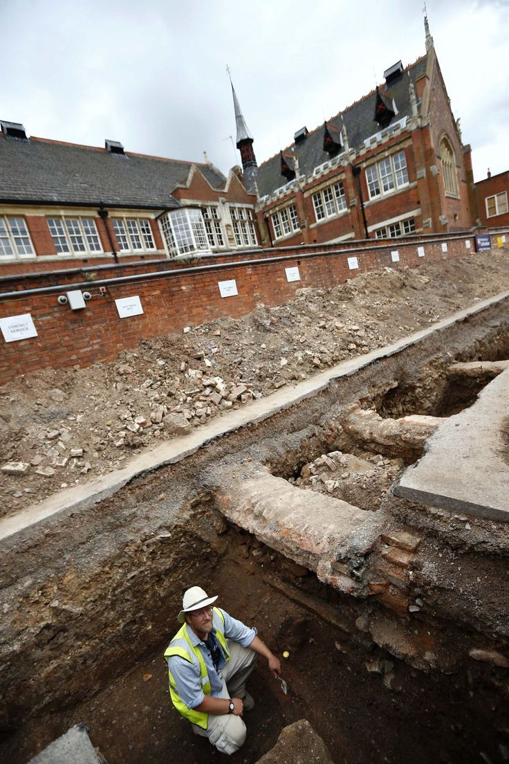 place where King Richard III's remains were found. A car park behind the municipal health building.