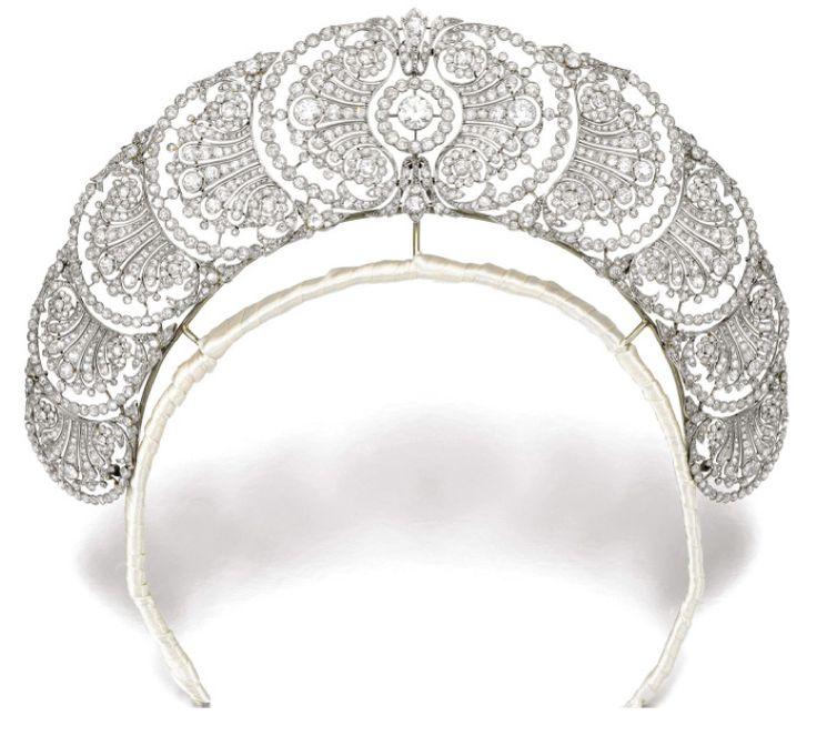 Love this!  It's very Princess Bride like!  Belle Epoque Diamond Tiara auctioned by Sotheby's London.