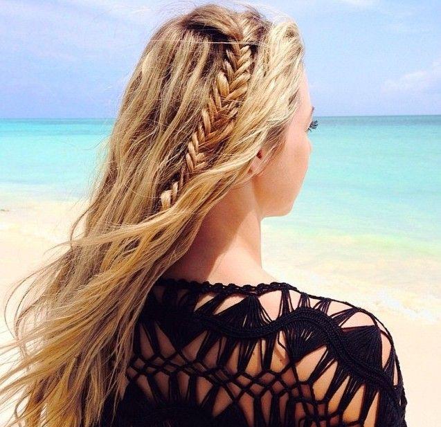 Los mejores peinados para ir a la playa o la piscina