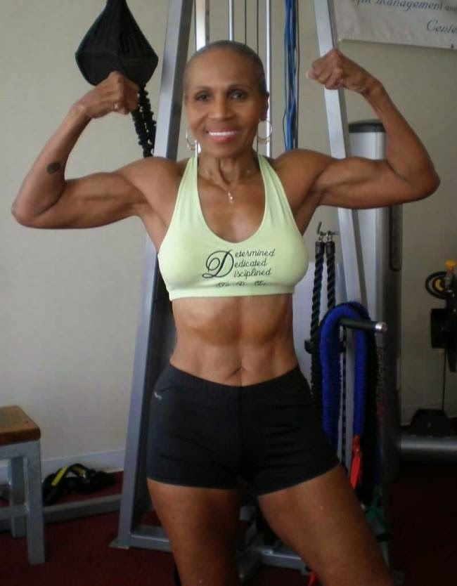 """Ernestine Shepherd de 77 años fisicoculturista, dice """"La edad no es nada sino un número"""" - Vida Lúcida"""