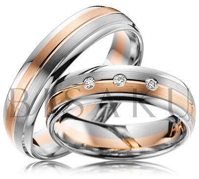 A51 Tyto tvarem jemně zaoblené snubní prsteny nadčasového designu, nebudete chtít sundat z ruky. Jsou pohodlné nejen díky vnitřnímu zpracování. Na ruce vypadají velmi luxusně a sofistikovaně. Pravidelnost designu jde ruku v ruce se třemi vsazenými brilianty v dámském prstenu. #bisaku #wedding #rings #engagement #brilliant #svatba #snubni #prsteny