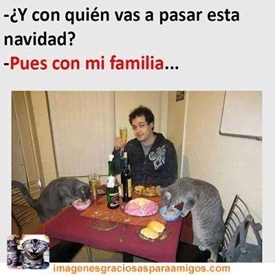 Con mi familia ... 😭😂😂  Mas imágenes aquí 👉 imagenesgraciosasparaamigos.com  #imagenesgraciosasparaamigos #imagenesgraciosas #memes #navidad