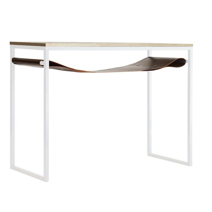 Skrivbord björk från Stålverket, formgiven av Anna Karlsson och Mathilda Nord. Skrivbordet är svensk...